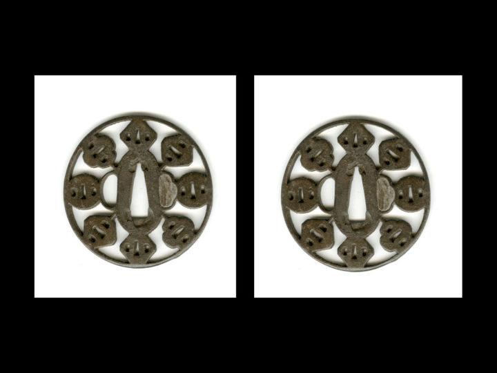 INTERESTING IRON TSUBA  #111414